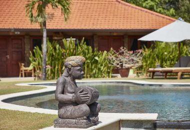 Three Monkeys Villa Accommodation Uluwatu