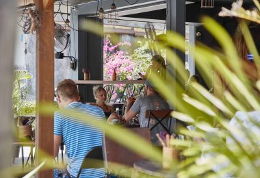 cafe scene in uluwatu bali near three monkeys villas